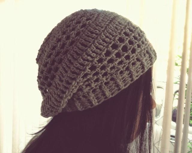 Filet type crochet beret hat