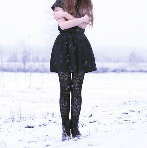 black-cold-frio-girl-neve-Favim.com-134211.jpg