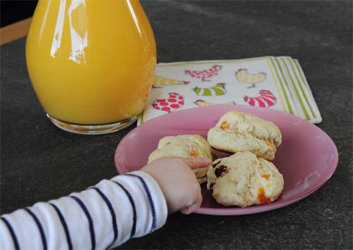 Frukost, påsk, baka med barn