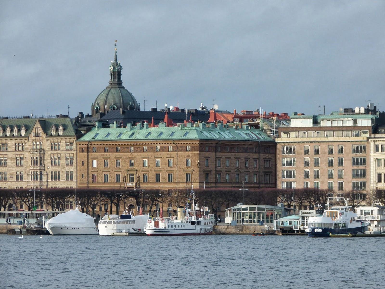 boat cruise stockholm