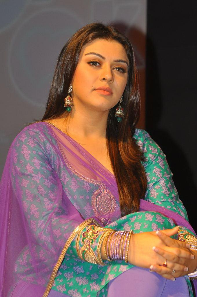 Actress Hansika Motwani Hot And Sexy Images In The Blue Chudithar Showing Her CLeavage Sexy