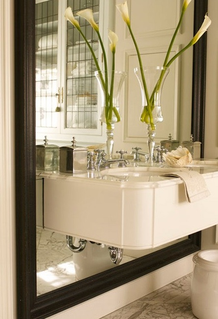 Julie C Bathroom Cantilever