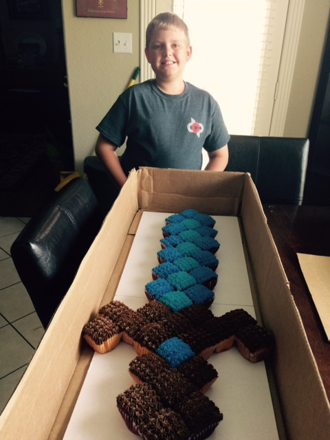 I saw that going differently in my mind Minecraft sword cupcakecake