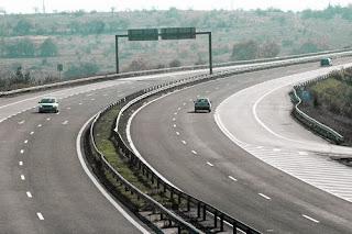 АПИ: Ограничава се движението на тирове над 12 тона по магистралите