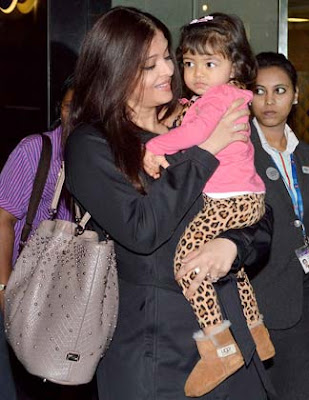 Aaradhya Bachchan Snapped at New York Airport