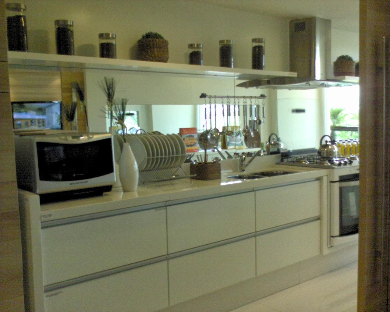 Cozinhas planejadas entre coisas - Armarios para casas pequenas ...