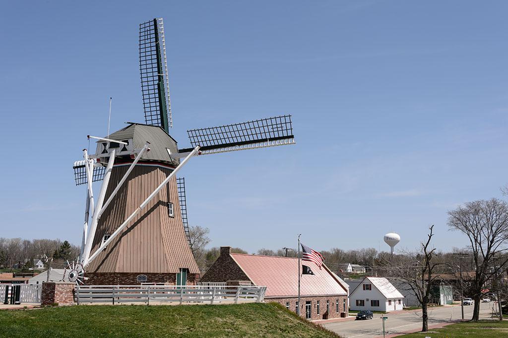 De Immigrant Windmill in Fulton, IL