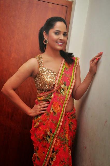 Anasuya latest Hot Saree images