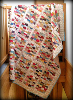 Old Fashioned Strings in Fall 2015 Blogger's Quilt Festival