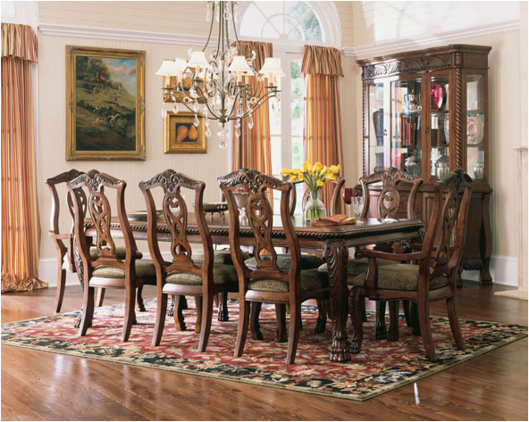 Traditional dining room design ideas room design ideas for Traditional dining room designs
