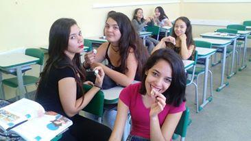 Comendo a profesora