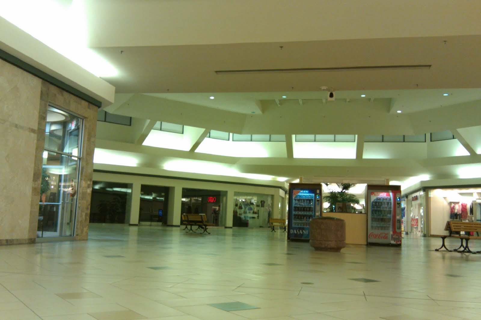 Central Mall Port Arthur Louisiana And Texas Southern Malls And Retail Central