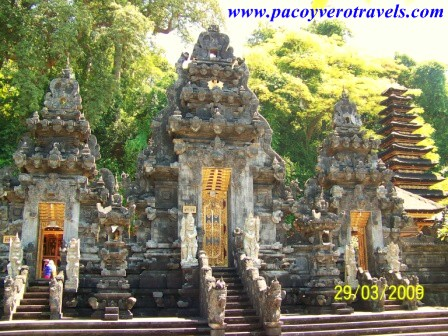 Que visitar en un viaje a Bali: Goa Gajah, Goa Lawah, Besakih, Klungkung, Iseh y Selat y Tirta Gangga