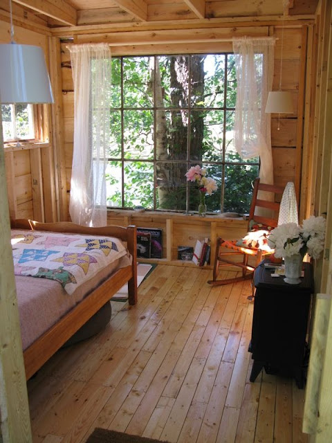 A Gorgeous Rustic Micro Cabin Tiny House In Northern Ontario