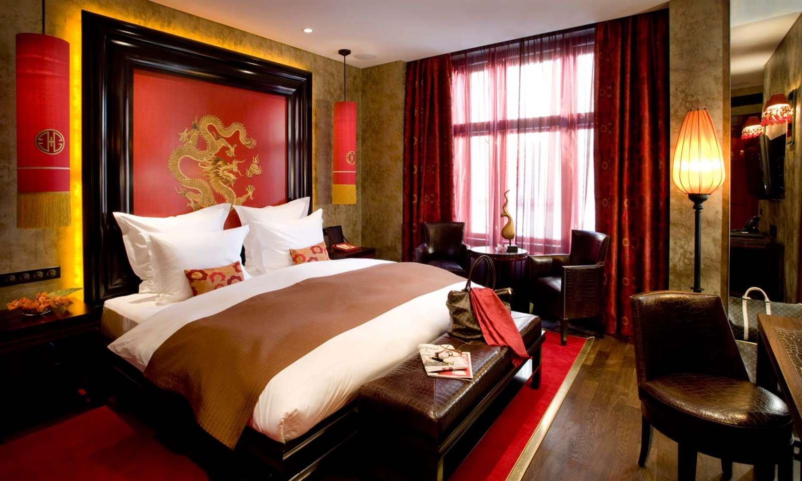 World visits 7 star hotels luxury rooms fantastic collection for Hotel bedroom designs pictures