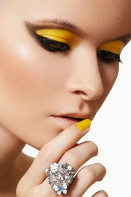 Yellow Shade Makeup