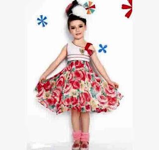 Model Baju Pesta Anak Perempuan Modis