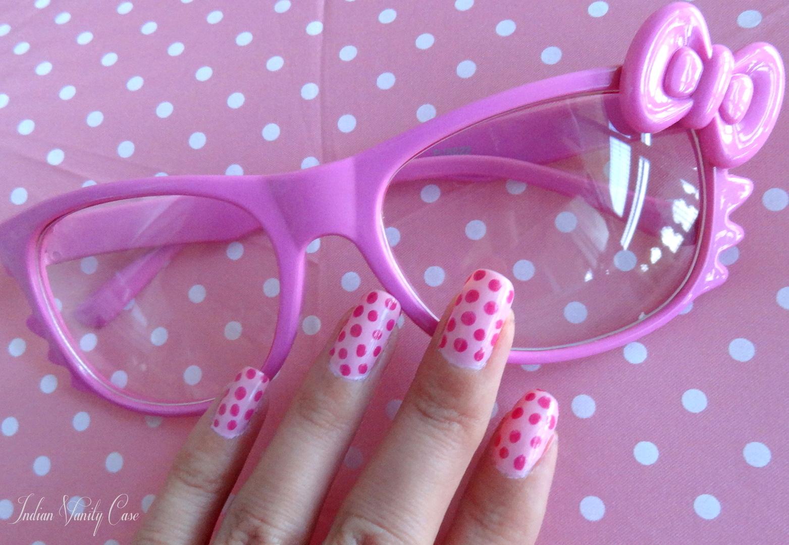 http://3.bp.blogspot.com/-jt-ikm291Zc/T46B7ou-y8I/AAAAAAAAIoQ/s_fkU71f0LQ/s1600/hello-kitty-glasses.jpg