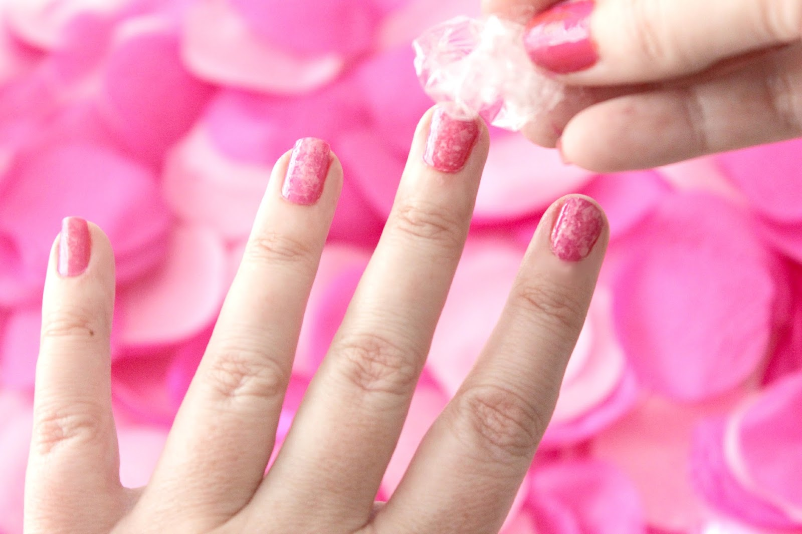 Elle Sees|| Beauty Blogger in Atlanta: How To: Spring Faux-Marble Nails