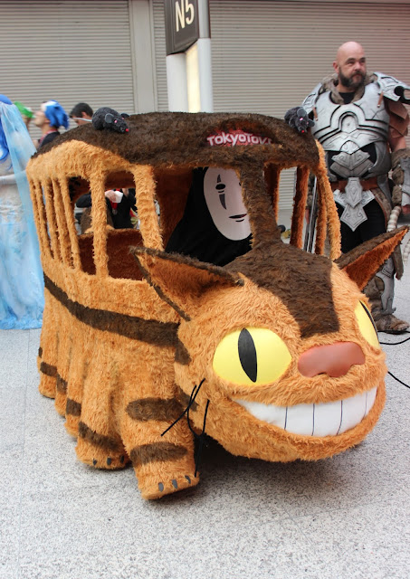 Comic Con Cosplay - Catbus