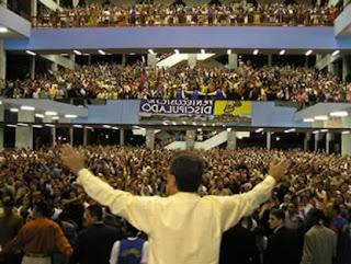 População de baixa renda é maioria entre evangélicos