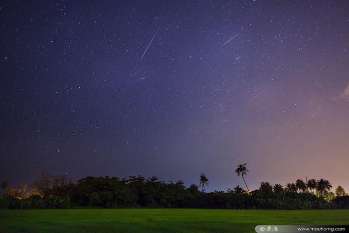Mau Horng chụp được những vệt sao băng Gemini vào rạng sáng 14 tháng 12 vừa qua ở Balik Pulau, Penang, Malaysia.