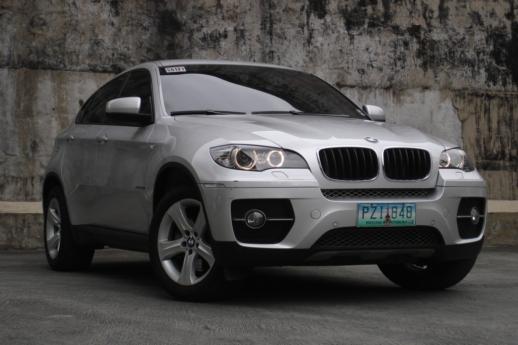 review 2011 bmw x6 xdrive35i philippine car news car reviews automotive features and new. Black Bedroom Furniture Sets. Home Design Ideas