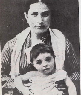 This photograph shows Eugenia Modigliani with her youngest child Amedeo, then only 13 months old. Eugenia doted on Dedo, as the family called him, and indulged him partly because of his poor state of health.