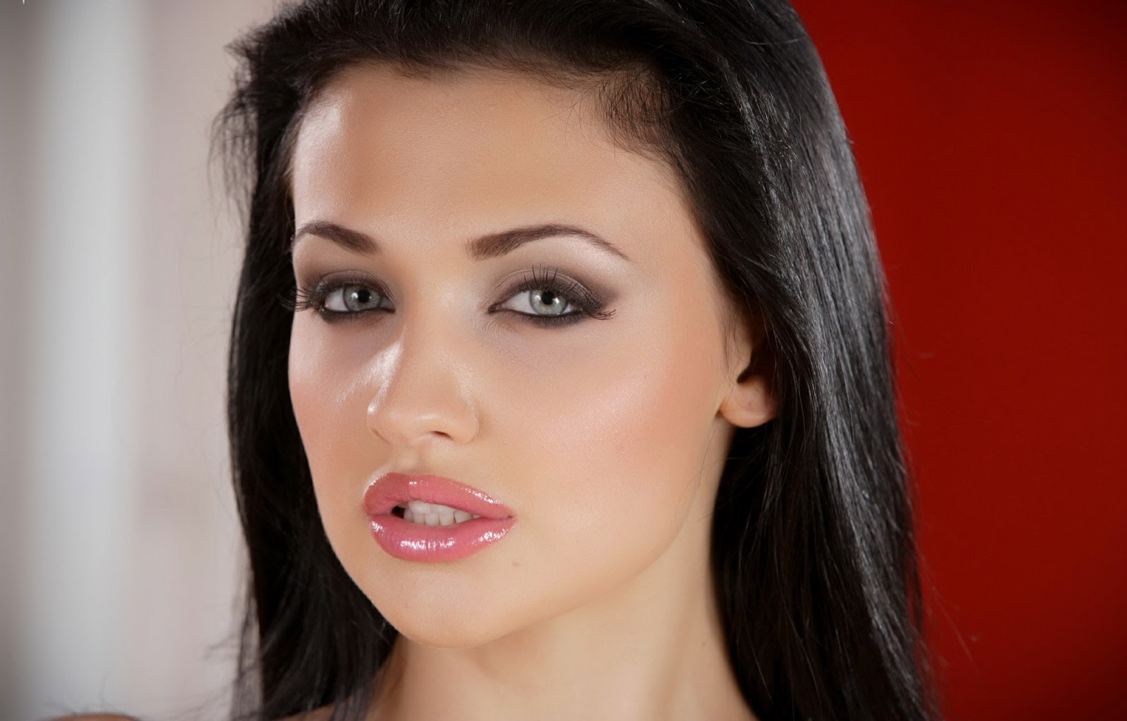 Brazzers aletta ocean is one sexy spy 10