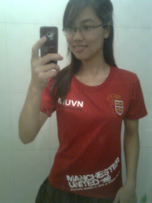 Ha Ma a Manchester United Girl from Vietnam