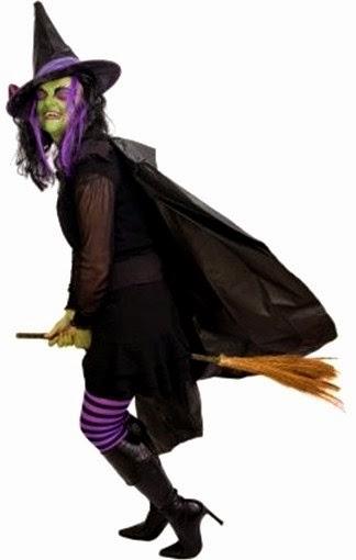 Disfraz de bruja malévola para Halloween con su escoba