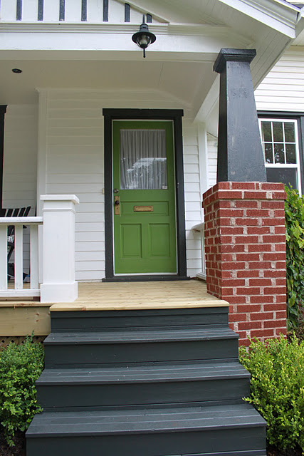 modern jane: An Inspired Green Door.