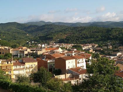 Vista de la vila d'Arbúcies des de la Bassa del Rascla