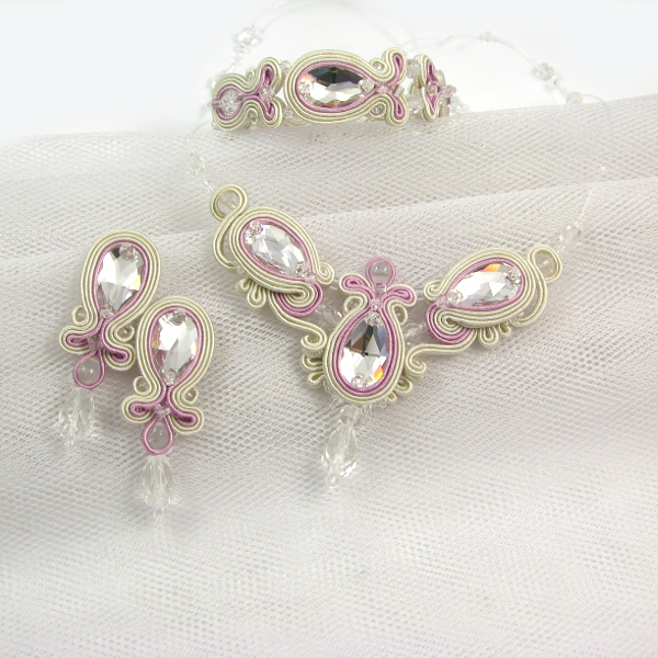 Biżuteria sutasz od ślubu