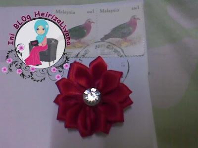 hadiah dari blogger,brooch comel,cara buat kerongsang bunga