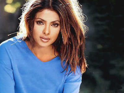 Priyanka Chopra Hot Wallpapers