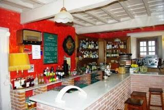 Al son del indiano, vista del bar