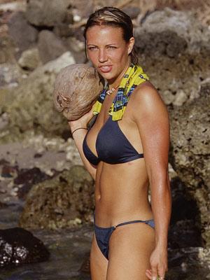 bundy s blog top 15 sexiest survivor ladies