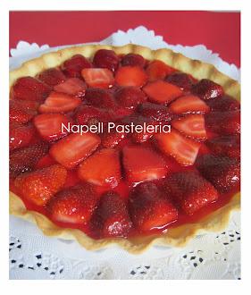 Tarta de crema pastelera y frutilla
