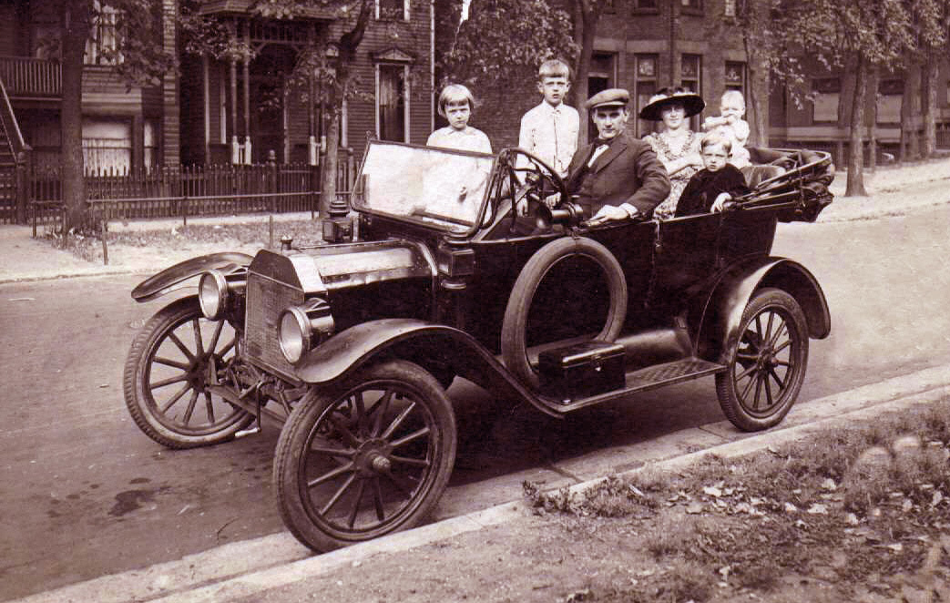 Ranae\'s Swedish-Chicago Heritage: The First Model T rolled off the ...