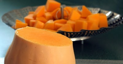 how to cut or peel squash