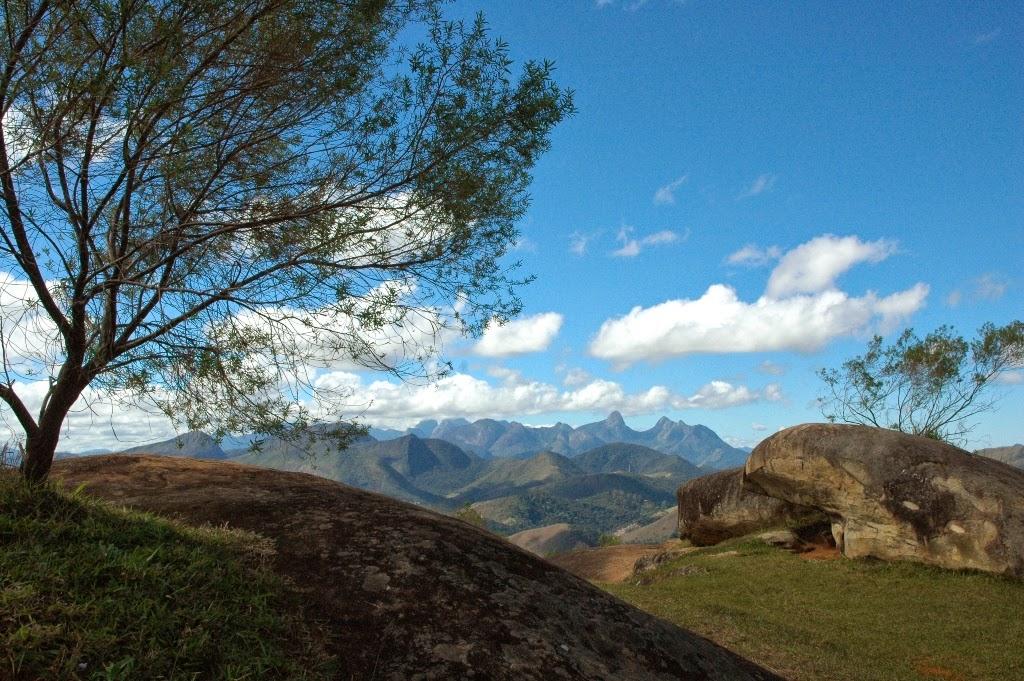 Foto Parque Natural Montanhas 72 – crédito Marco Esteves: Vista panorâmica da cadeia de montanhas do Parque Natural Municipal Montanhas de Teresópolis