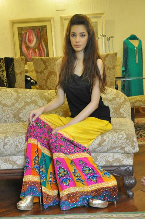 Shirin hassan latest young outfits collection 2013 for Fashion style in pakistan 2013