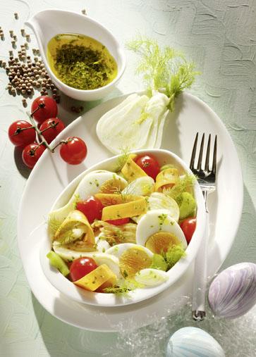 fenchelsalat mit ostereiern und tomaten fit gesund. Black Bedroom Furniture Sets. Home Design Ideas