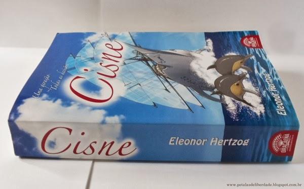 livro, Cisne, Eleonor Hertzog, literatura nacional, fantasia, resenha, trechos, parceria , lateral, fotos