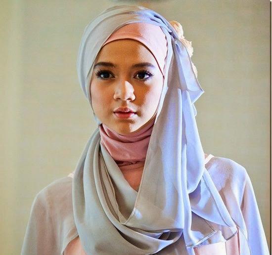 Tips Memilih Jilbab Sesuai Warna Kulit   JALLOSI