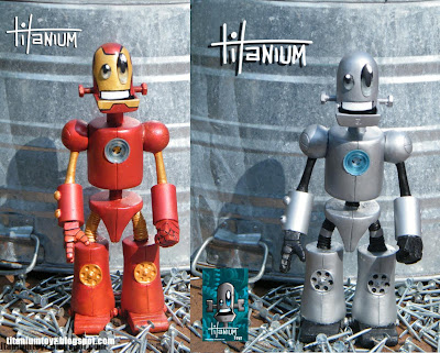San Diego Comic-Con 2011 Exclusive Iron Man Titanium & OG Titanium Resin Figures by Tony Montalvo