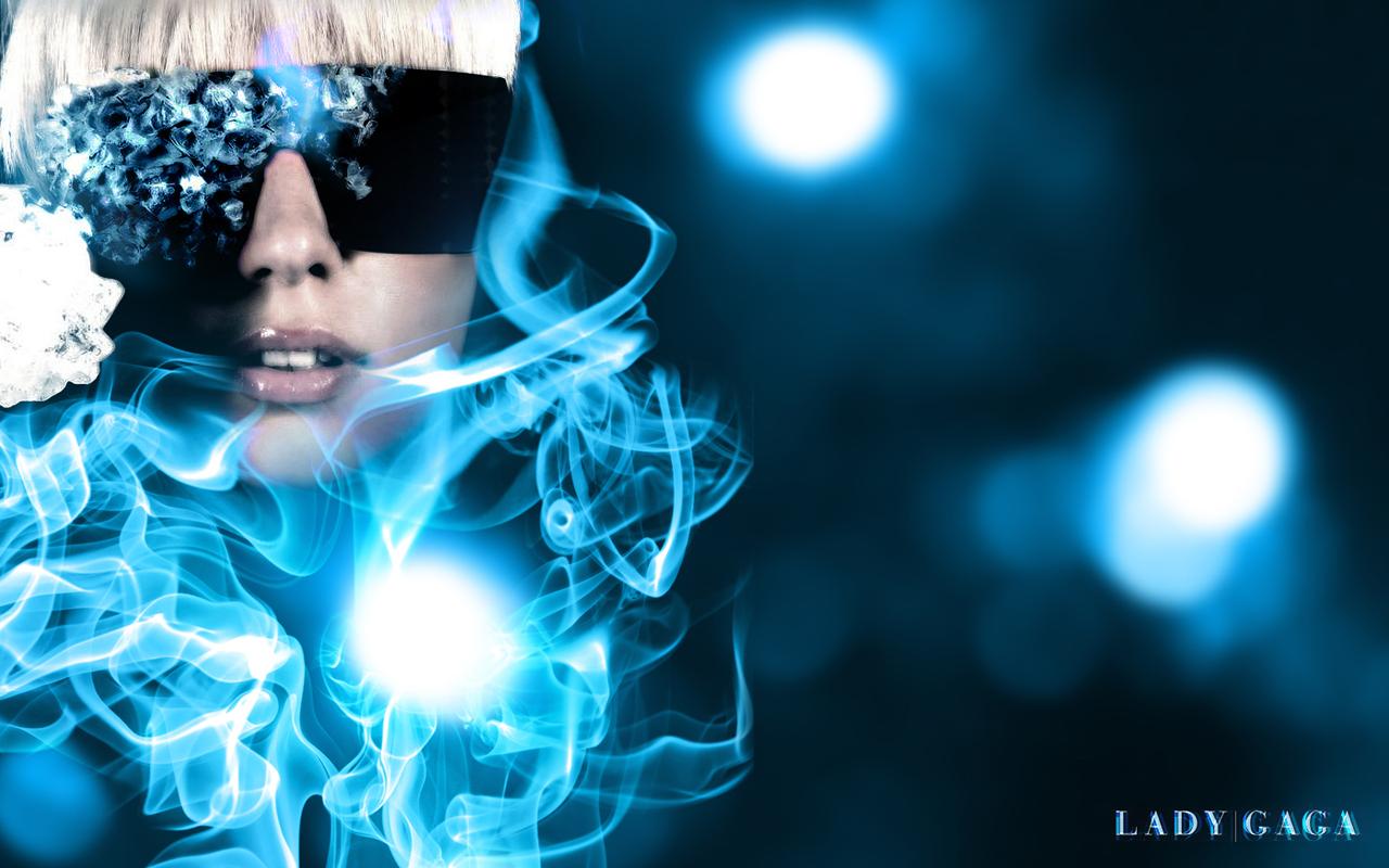 http://3.bp.blogspot.com/-jwEVvcElcXY/TtksDw7NeTI/AAAAAAAAAOU/RHaKXi_0uhk/s1600/Lady-Gaga-Wallpaper-2011-6.jpg