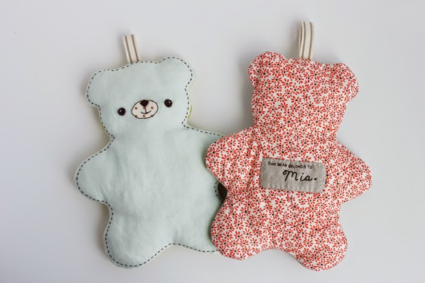 http://www.ehow.com/ehow-crafts/blog/this-bear-belongs-to-your-favorite-new-baby/