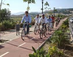 http://www.europapress.es/turismo/mundo/noticia-holanda-instala-carriles-bici-ultima-generacion-20141025100000.html